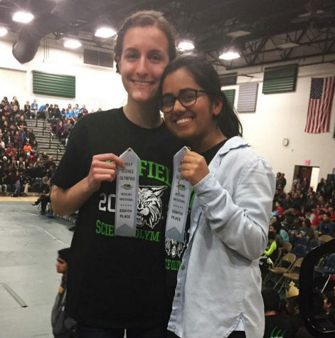 Science Olympiad team on road to states