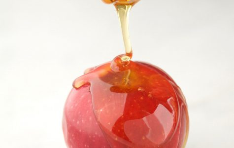 Apples and honey are a traditional pairing to celebrate Rosh Hashanah. (Doug Young/Newsday/MCT)