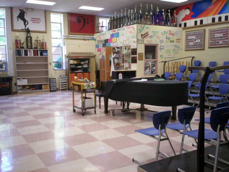 Math teacher kicked out of middle school choir