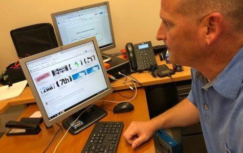 Digital Media Productions teacher Mike Bokovitz navigates Schoology for his classes.