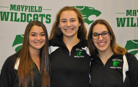 Girls swim team welcomes many new freshmen