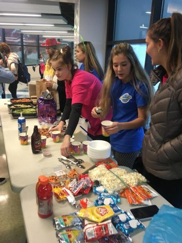 Seniors compete to raise money for United Way