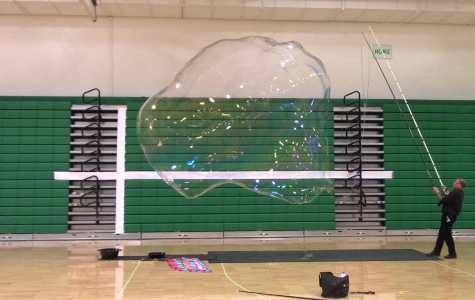 Students help 'pop' world record for largest bubble