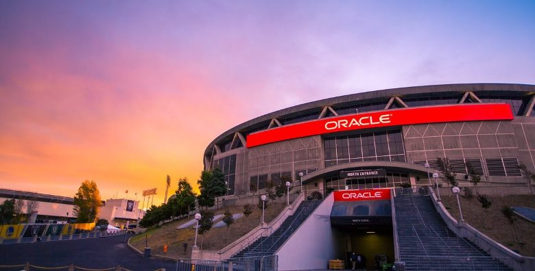 Oracle+Arena%2C+home+to+the+Golden+State+Warriors%2C+will+be+packed+with+nearly+20%2C000+fans+providing+for+a+large+home+team+advantage.