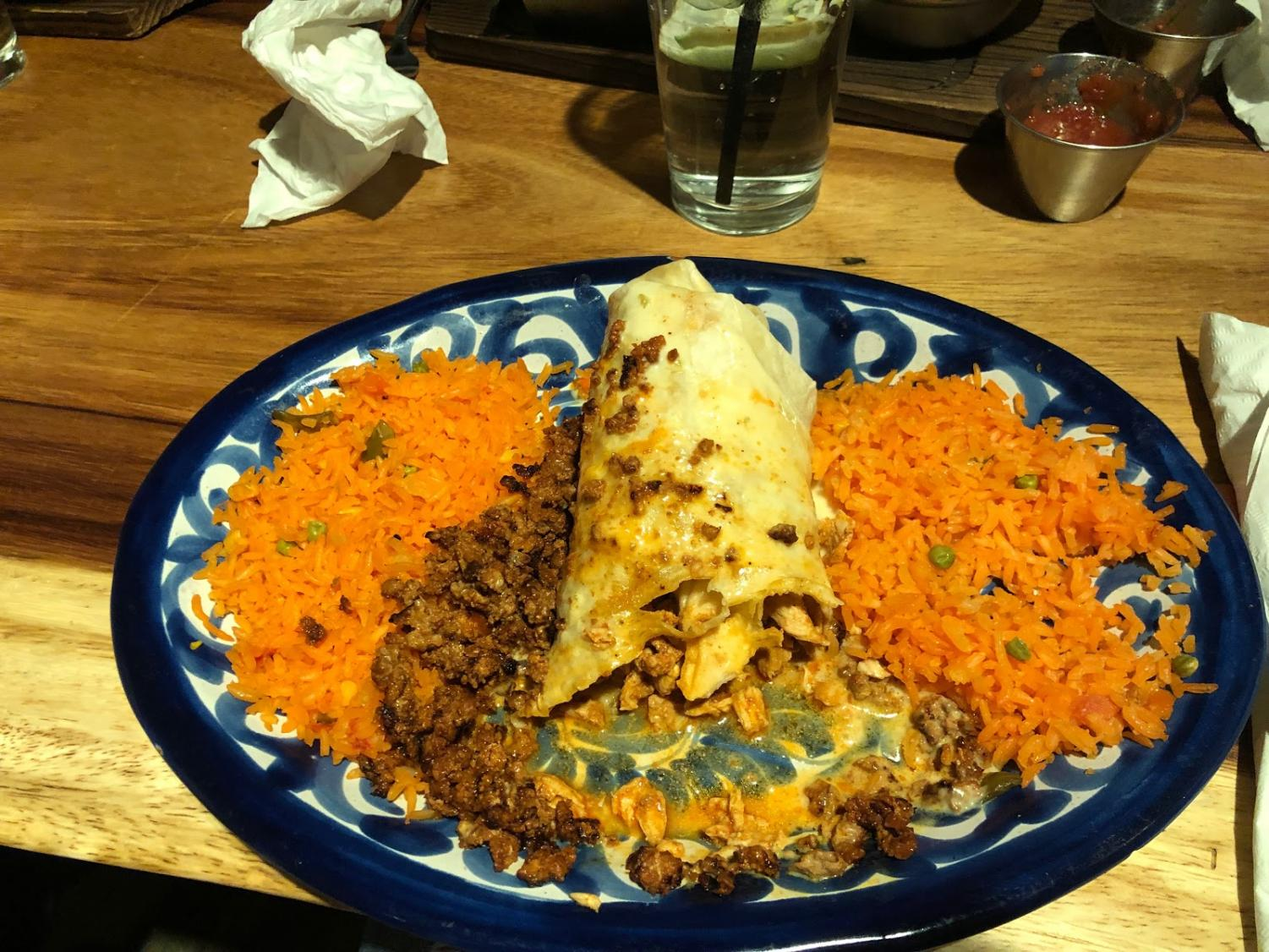 After trying the burrito picante which was stuffed with chicken, chorizo, queso and had a side of mexican rice, this burrito definitely hit the spot!
