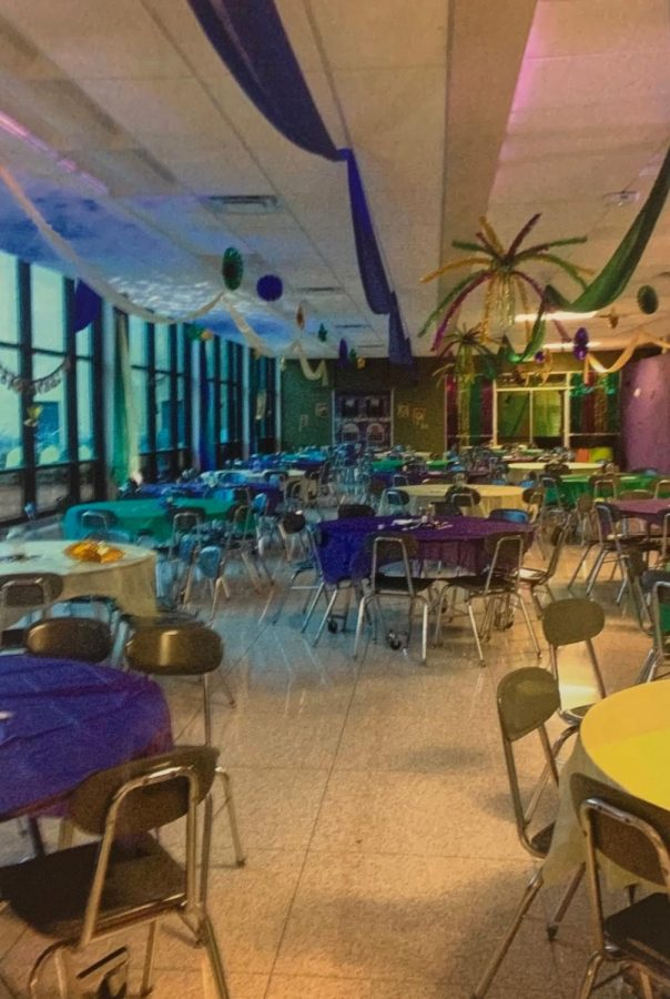 The+cafeteria+is+decorated+each+year+to+fit+the+theme+of+Winter+Formal.++Two+years+ago+was+a+Mardi+Gras+theme.